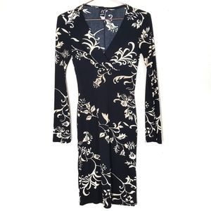 3/50% PS PERSEPTION   Long Sleeve Plunge Dress